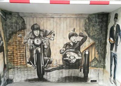 Mural Puerta de Garaje Hostal Palafox (Barbastro)